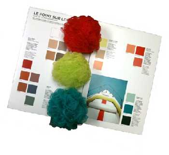 Pouf color matching